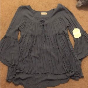 New flowy top from altard state